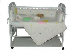 เตียงเด็กอ่อน รุ่น PR001