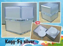 กระปุกไข่เหลี่ยม 5 กรัม สีเงิน