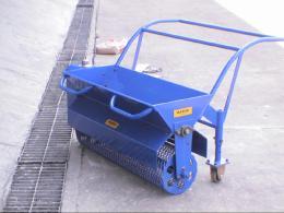 เครื่องโปรยผง Floor Hardener