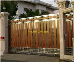 ประตูสแตนเลสผสมไม้ SW044