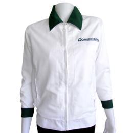 เสื้อแจ็คเก็ตสีขาว