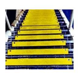 แผ่นกันลื่นสำหรับอุตสาหกรรม รุ่น AS-SN Stair Nosing