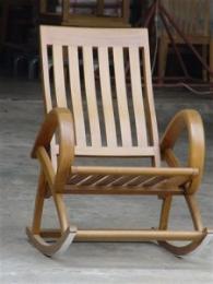 เก้าอี้ไม้โยกระแนงสนาม ไม้สัก มีแขน