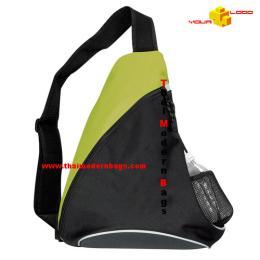 กระเป๋าสะพาย ทรงสามเหลี่ยม STB-007