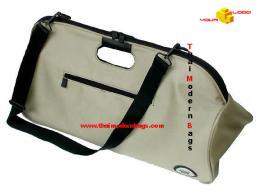 กระเป๋าสะพาย ทรงสามเหลี่ยม STB-013