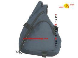 กระเป๋าสะพาย ทรงสามเหลี่ยม STB-014