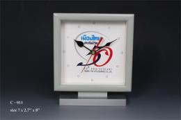 นาฬิกาตั้งโต๊ะ C-011
