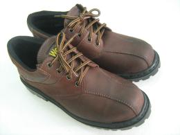 รองเท้าเซฟตี้ WR - 7100KST