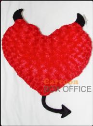 หมอนหัวใจเดวิล สีแดงเขาดำ