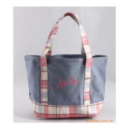 กระเป๋าผ้าแคนวาสตัดต่อสวยหวาน B341