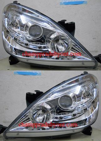 ไฟหน้ารถยนต์ TOYOTA INNOVA 05-11 ขาว LED ยาว
