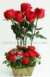 กระเช้าดอกไม้สด / Flower Basket  PB26