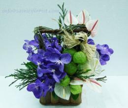 กระเช้าดอกไม้สด / Flower Basket - PB20