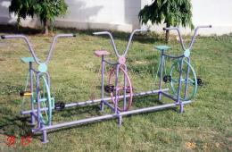 เครื่องเล่นสนาม จักรยาน 3 ที่
