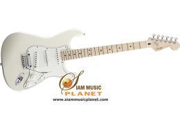 กีตาร์ไฟฟ้า รุ่น Deluxe Stratocaster