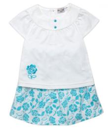 เสื้อยืดขาวกระโปรงลายดอกฟ้า