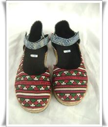 รองเท้าลำลองผ้าแม้ว รุ่นพาดข้าง-4