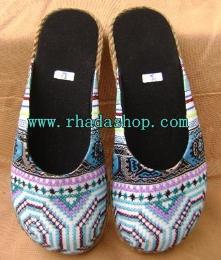 รองเท้าผ้าแม้ว รุ่นหุ้มหัว สีฟ้า