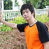 เสื้อยืดคอกลม สีส้ม แขนสีดำ ผู้ชาย A004