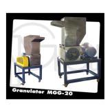 เครื่องหลอมเม็ดพลาสติก MGG-20