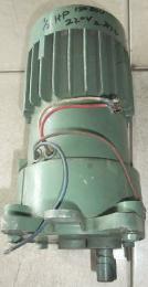 มอเตอร์เกียร์หน้าแปลน 1/2HP 220V 150rpm มือสอง 000893