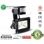 สปอร์ตไลท์LED Spot Light Flood Light 10W มีตัวเซ็นเซอร์